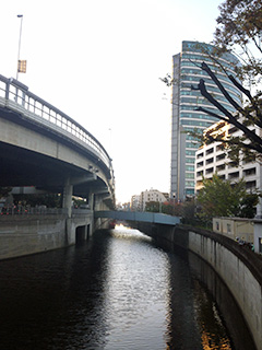 img_fukamachi03-06.jpg